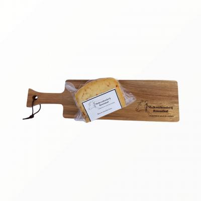 Borrelplank boeren jonge kaas